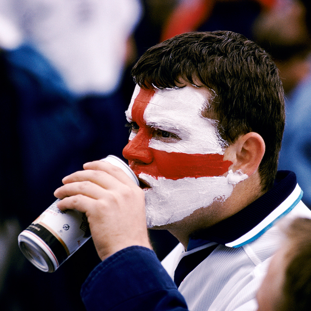 euro-fans-unhappy-with-beer-at-stadiums-fwx