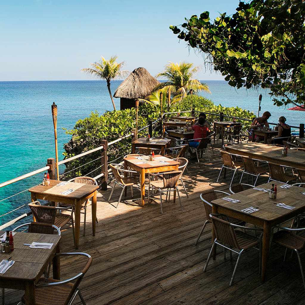 Pushcart and Rockhouse Restaurant (Negril, Jamaica)