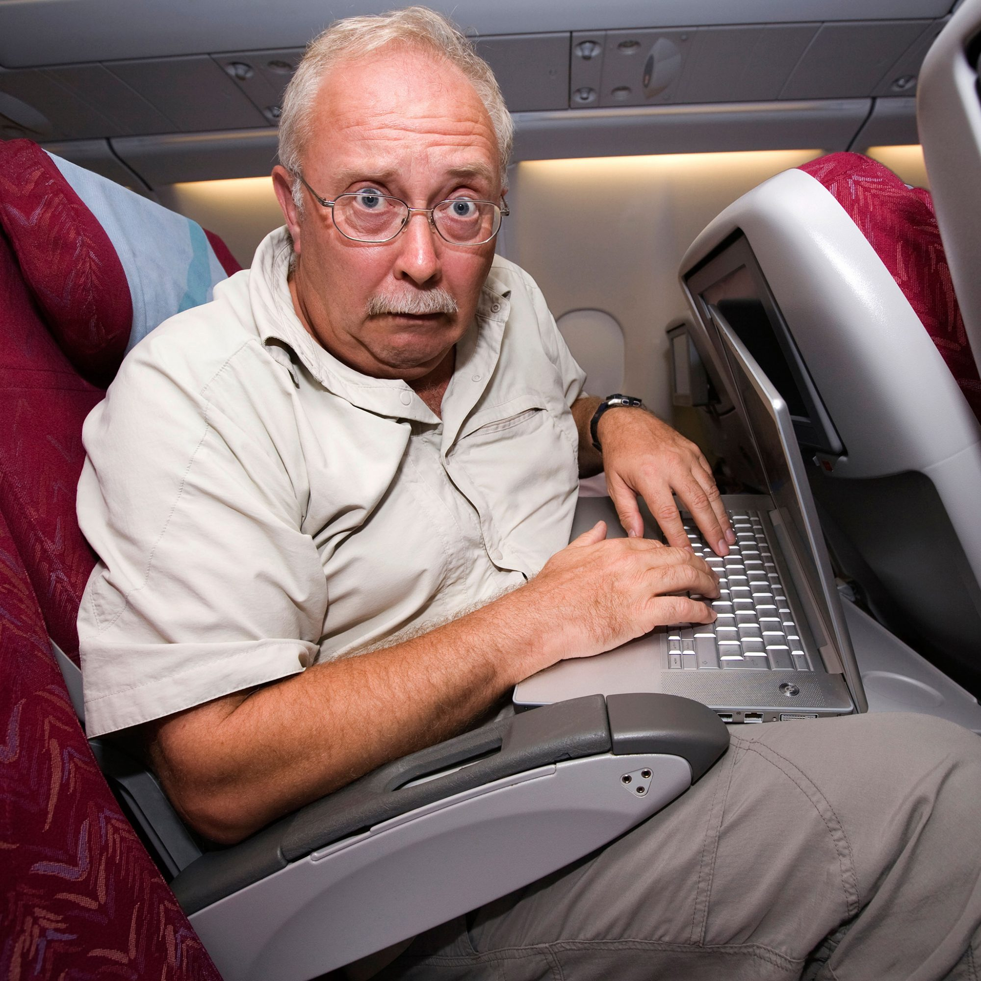 FWX BETTER MIDDLE SEAT ON AN AIRPLANE