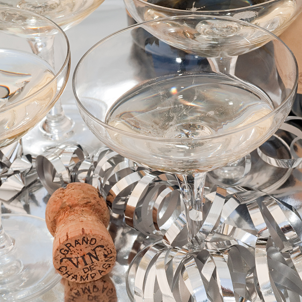 FWX CHAMPAGNE COUPES