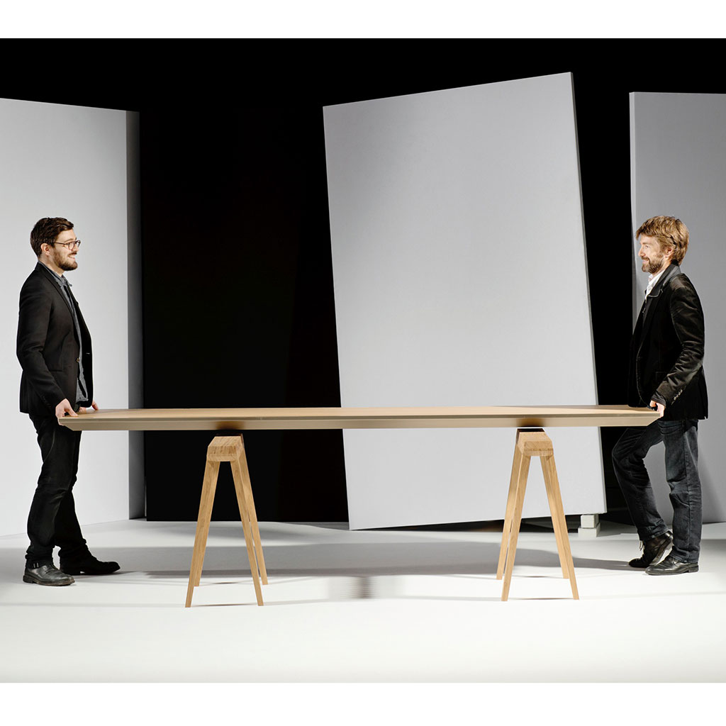FWX CLIMATIC DINING ROOM TABLE