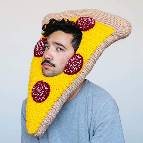 FWX CROCHETED FOOD HEADWEAR PIZZA