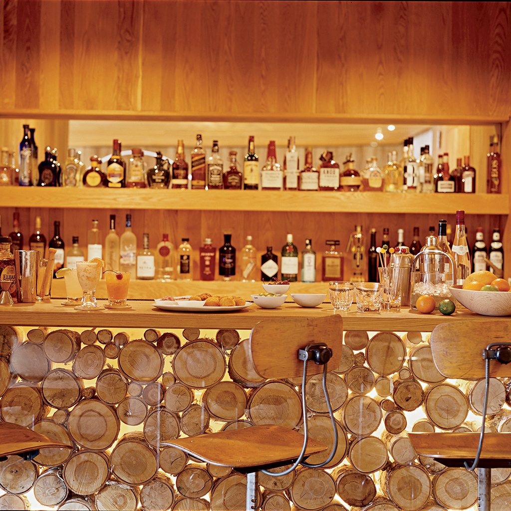 FWX DREAM HOME BAR