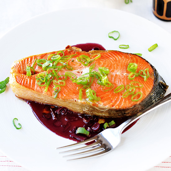 FWX EMBARRASSINGLY EASY FISH RECIPES SALMON WITH RED WINE SAUCE