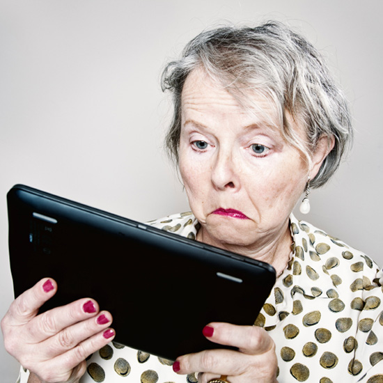 FWX HOW TO SURVIVE YOUR MOTHERS SUDDEN INTEREST IN TWITTER