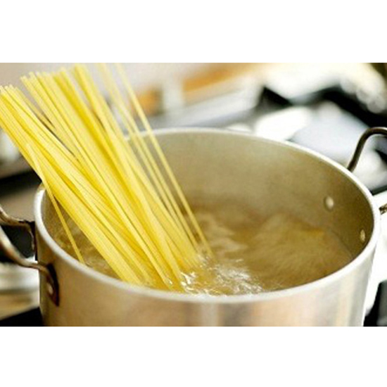 Myth: You need a massive amount of water to cook pasta