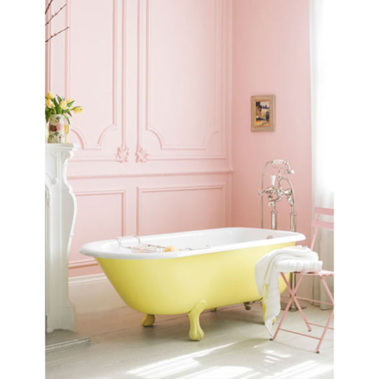 Paint a Cast-Iron Tub a Bright Hue