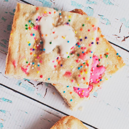 Frosted Animal Cracker Blondies