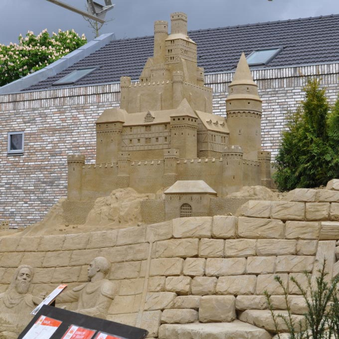 FWX STAY IN AN ACTUAL SAND CASTLE 2