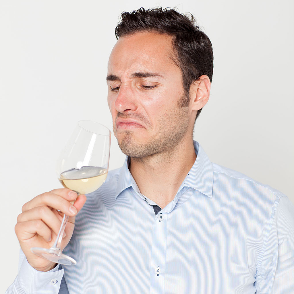 FWX VINEPAIR SMELLY WINE