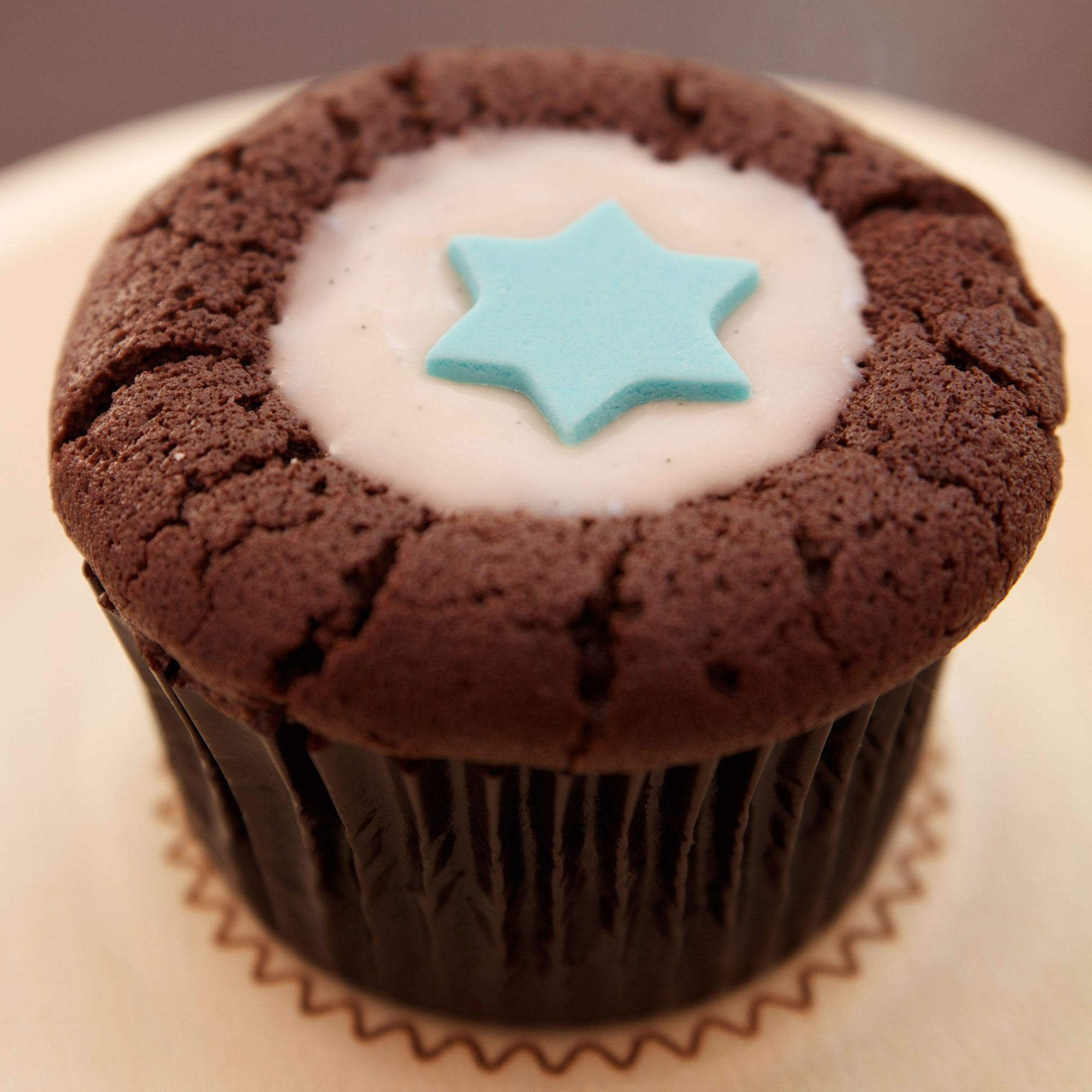 FWX WAYS TO TREAT YOURSELF ON PASSOVER SPRINKLES