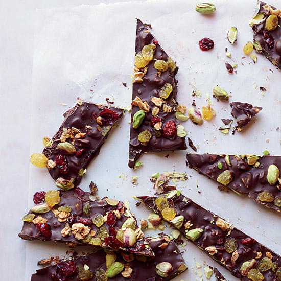 Granola-Chocolate Bark