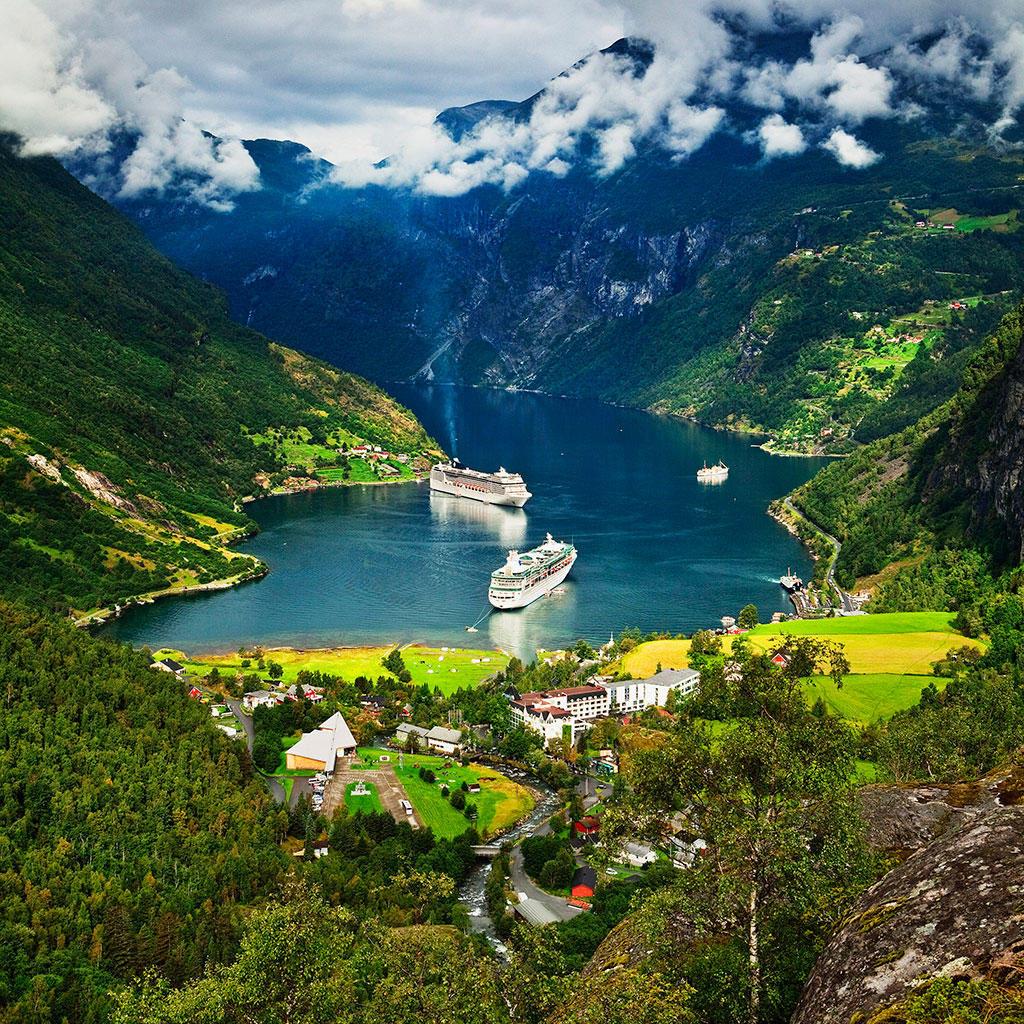norway-tourist-board-cuts-budget-too-many-tourists-fwx