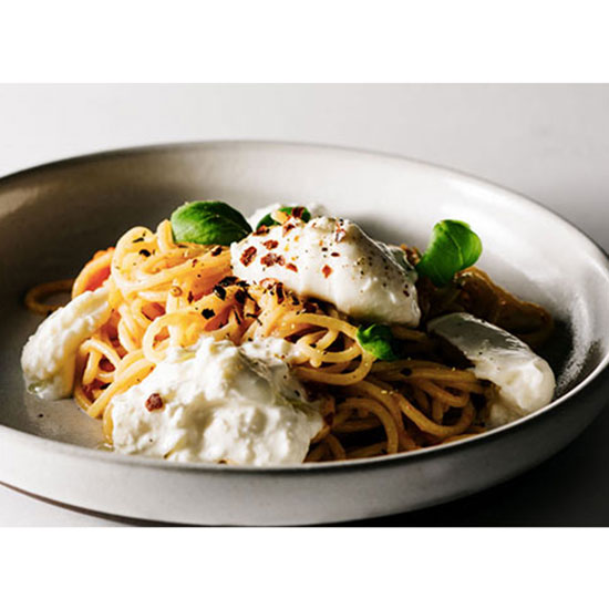Spaghetti With Tomato, Basil and Burrata