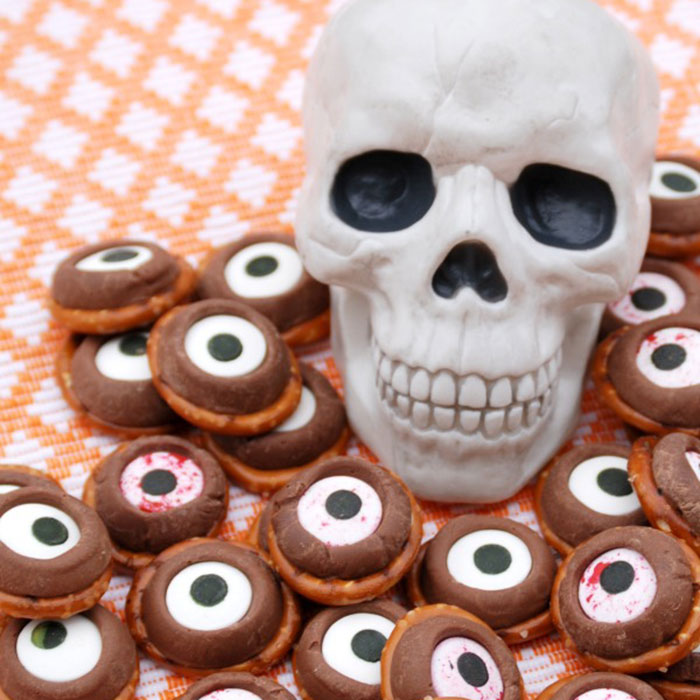 Pretzel Rolo Monster Eyeballs