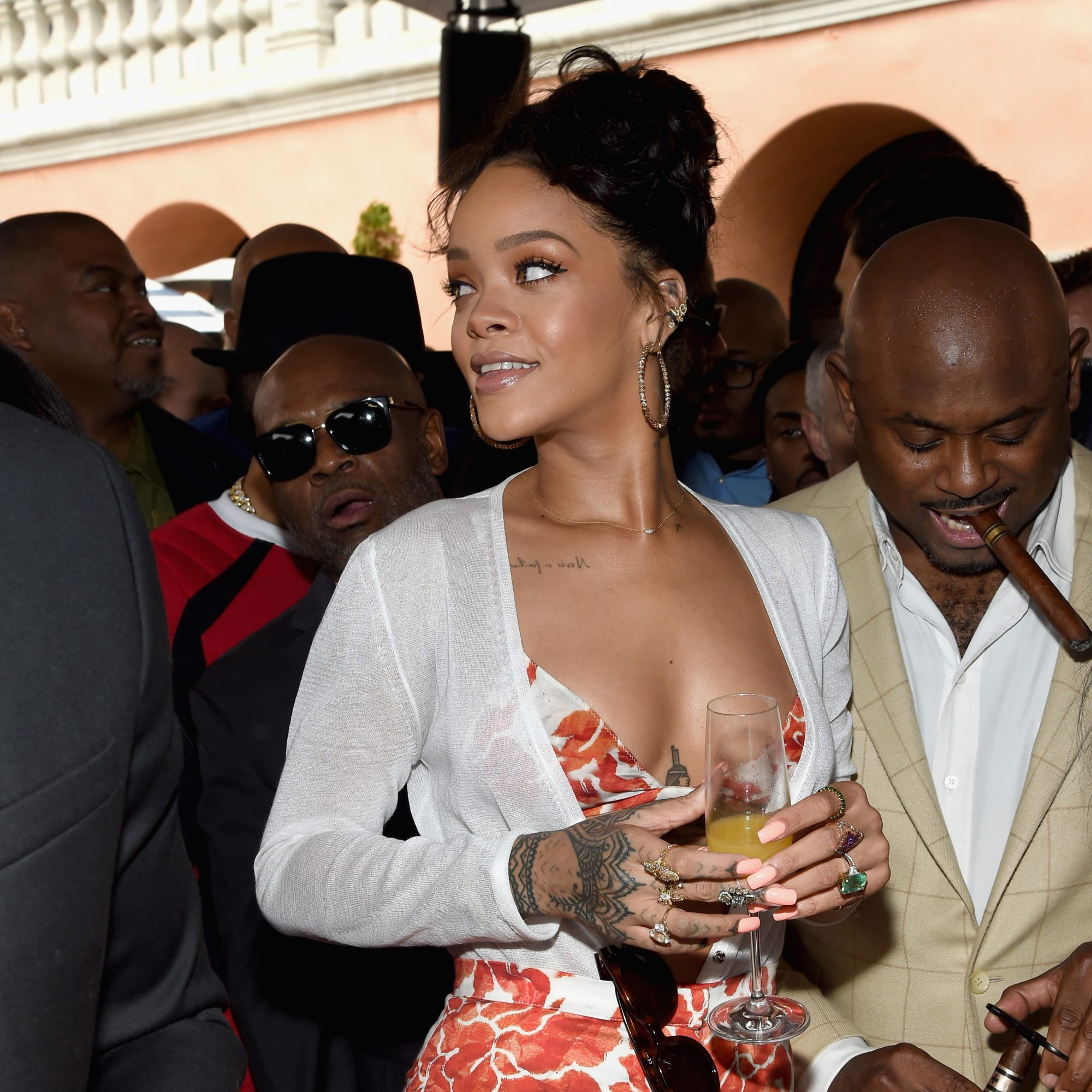 FWX RIHANNA WINE GLASS