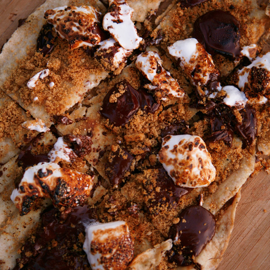 For Those with a Sweet Tooth: S'Mores Pizza