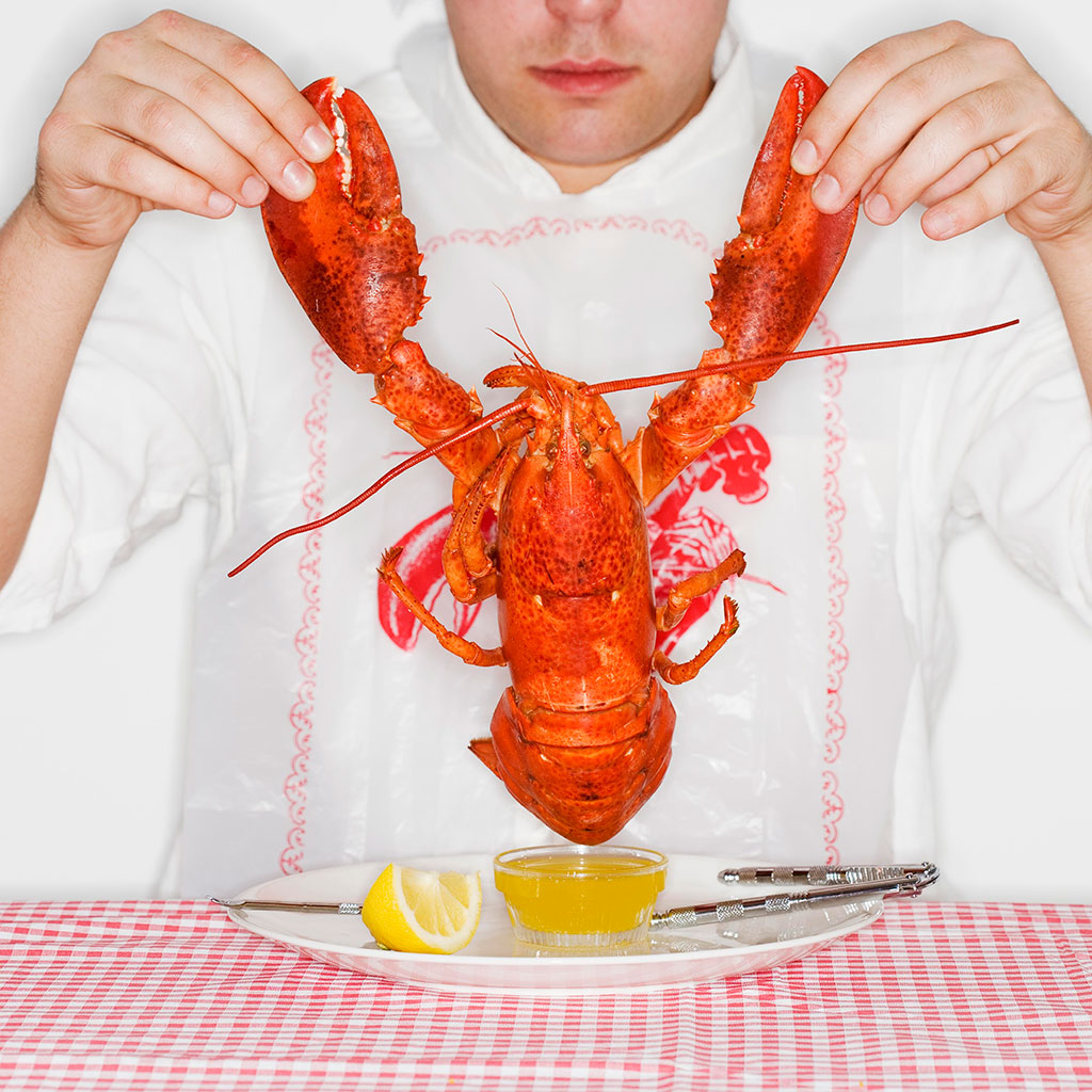 SMUGGLING LOBSTERS IN YOUR PANTS FWX