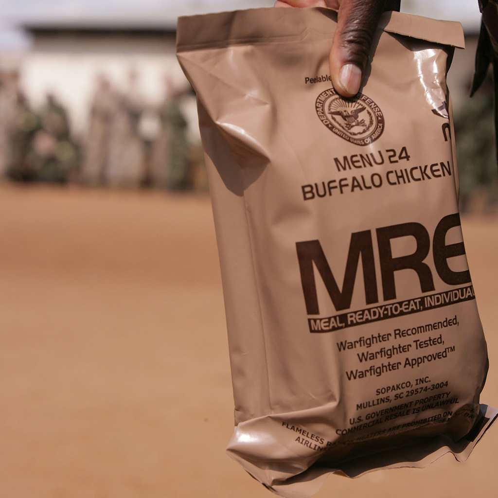 SOLDIERS GETTING PAID TO EAT MRES FWX