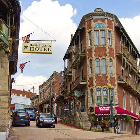 US small town eureka springs arkansas
