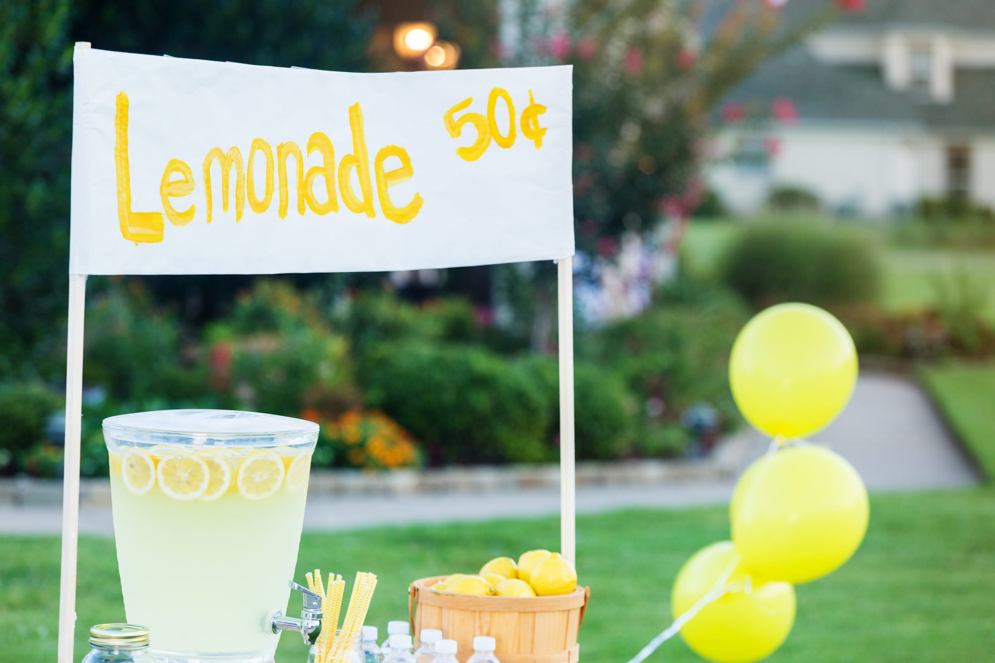 Refreshing lemonade stand