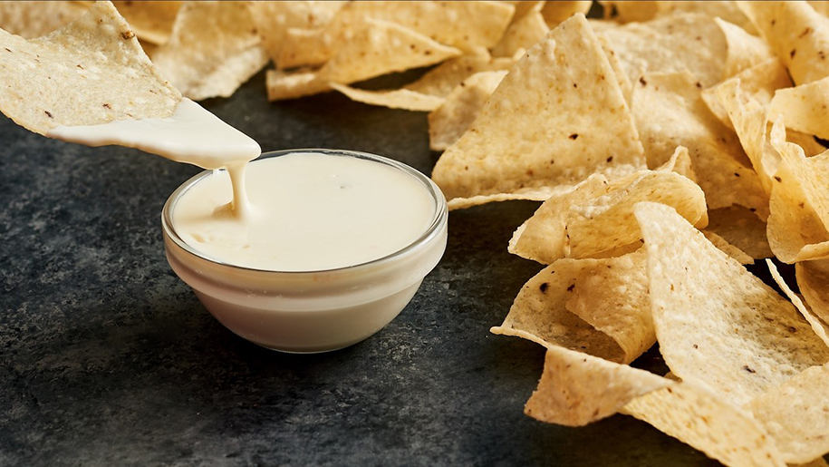 moe's southwest grill free queso dip