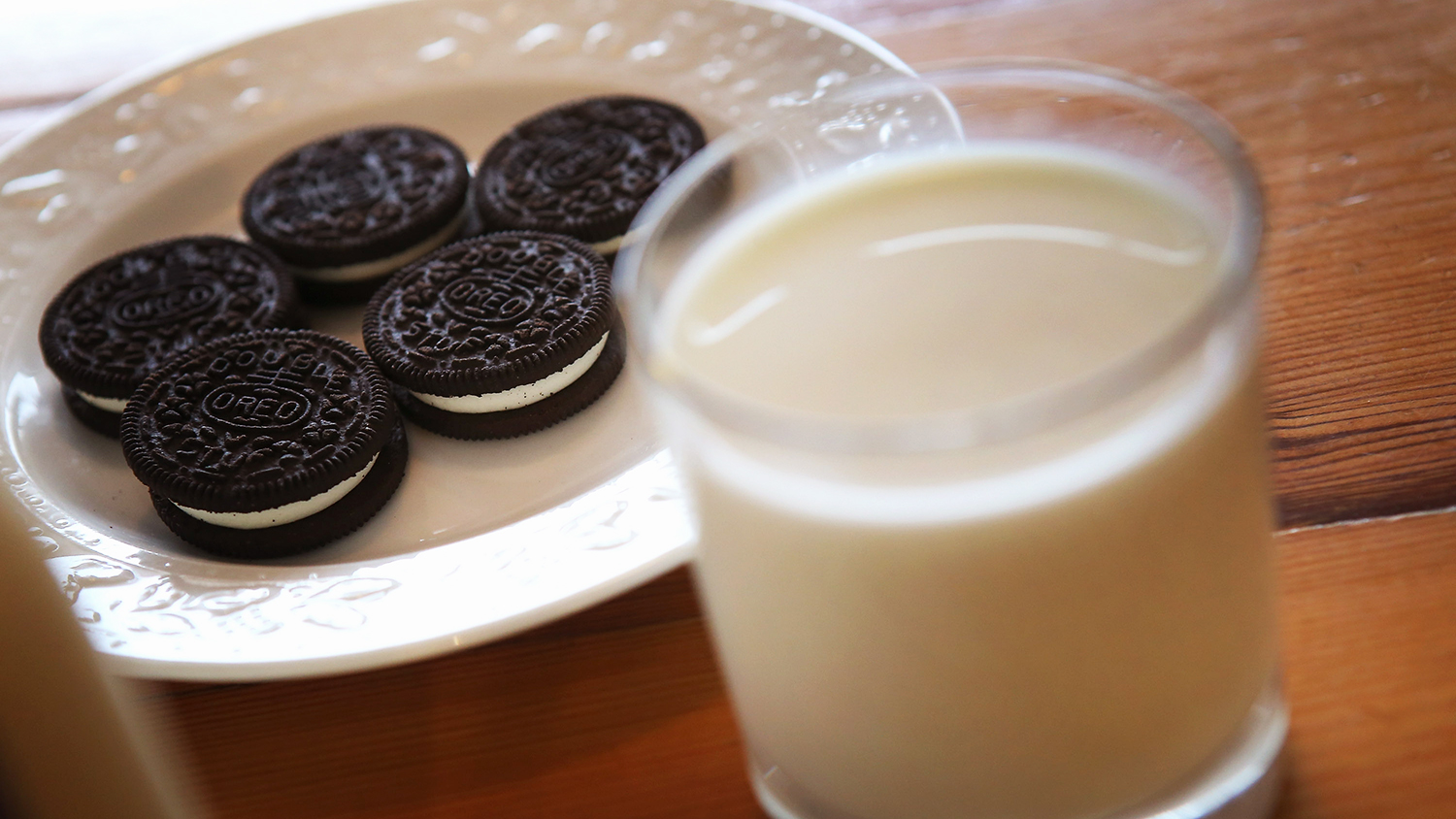 oreo cookies and milk vending machine