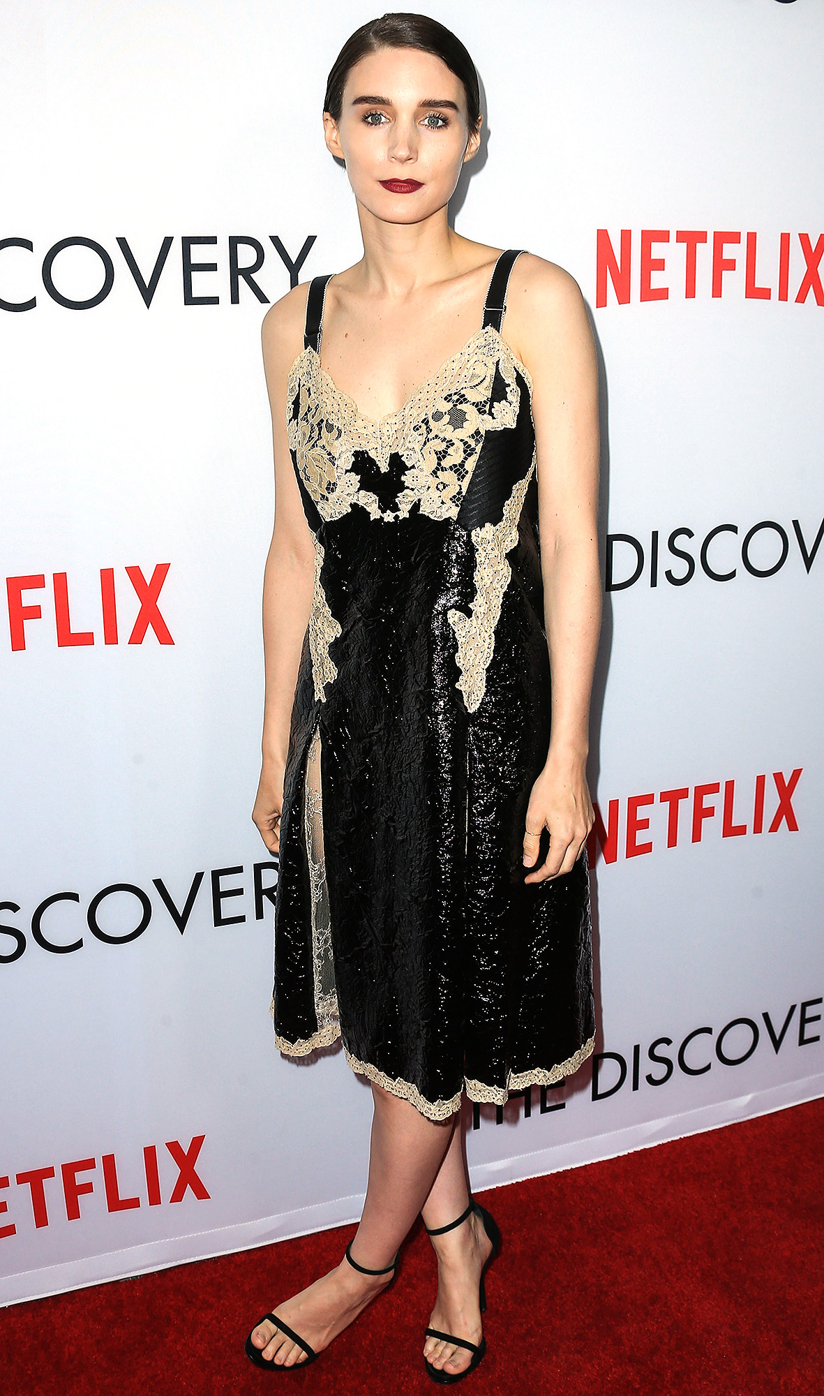 Rooney Mara Has Been Missing Out on All of These Pies Her Whole Life