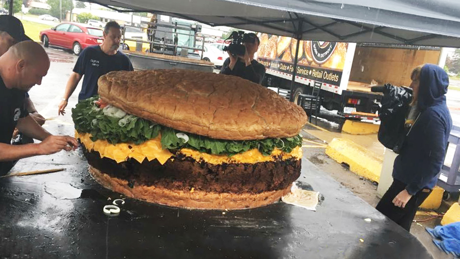full burger shot from the worlds largest burger record