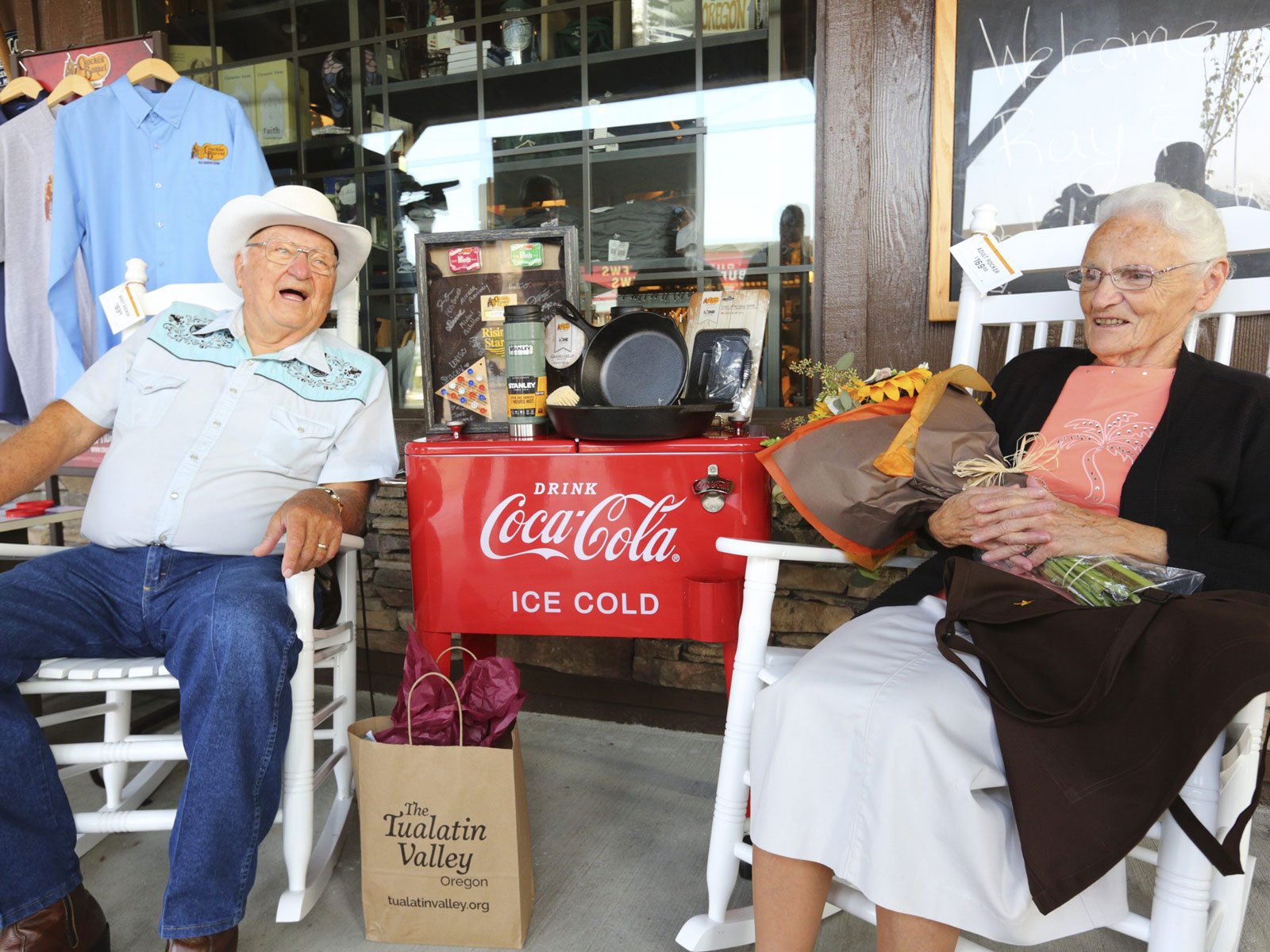 Couple Visits Every Cracker Barrel Location