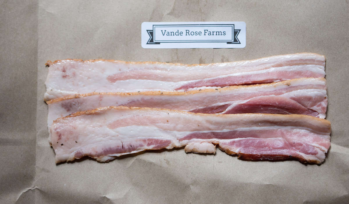 Vande Rose Farms Applewood-Smoked Artisan Dry-Cured Bacon