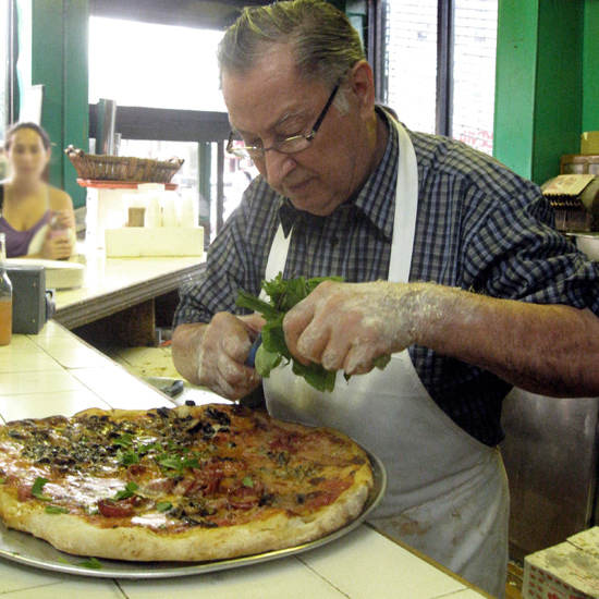 Best Pizza Places in the U.S.: Di Fara in Brooklyn
