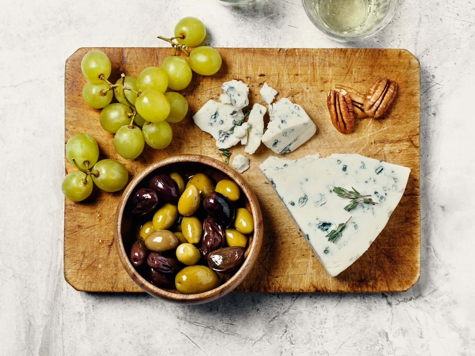 How to Eat Pitted Olives