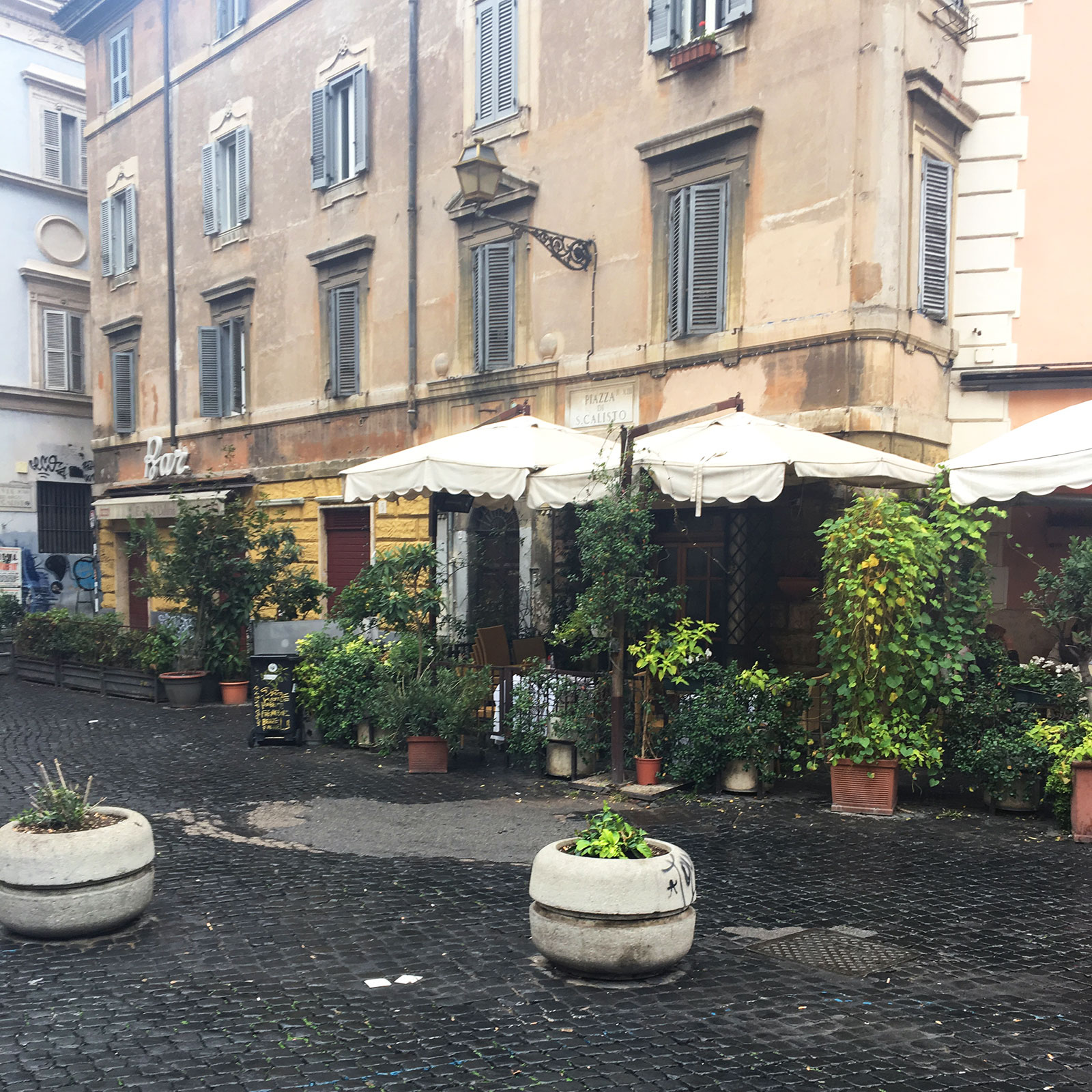 market place street in rome