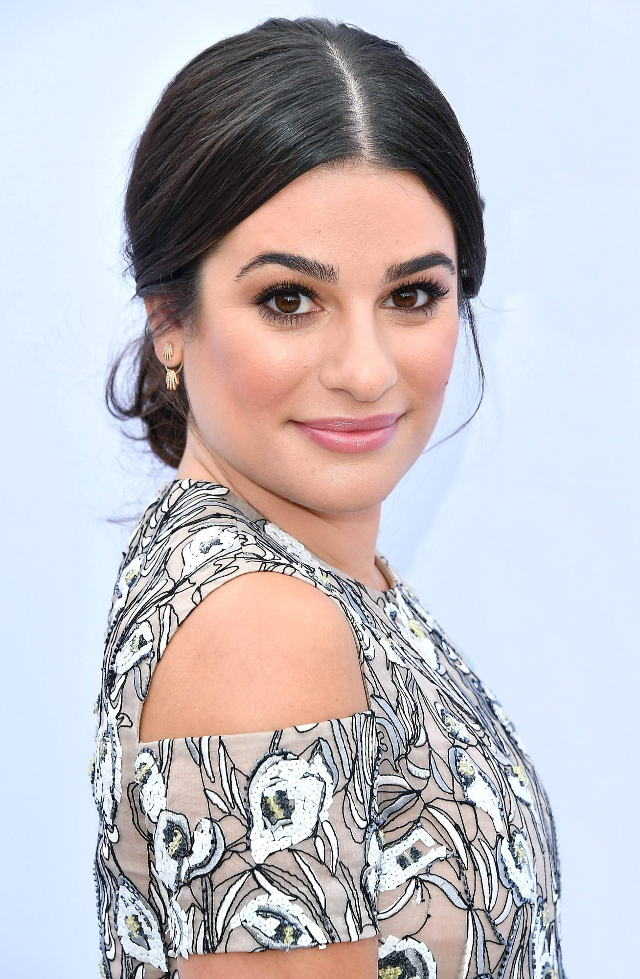 You'll Want to Adopt Lea Michele's Healthy Eating Habits