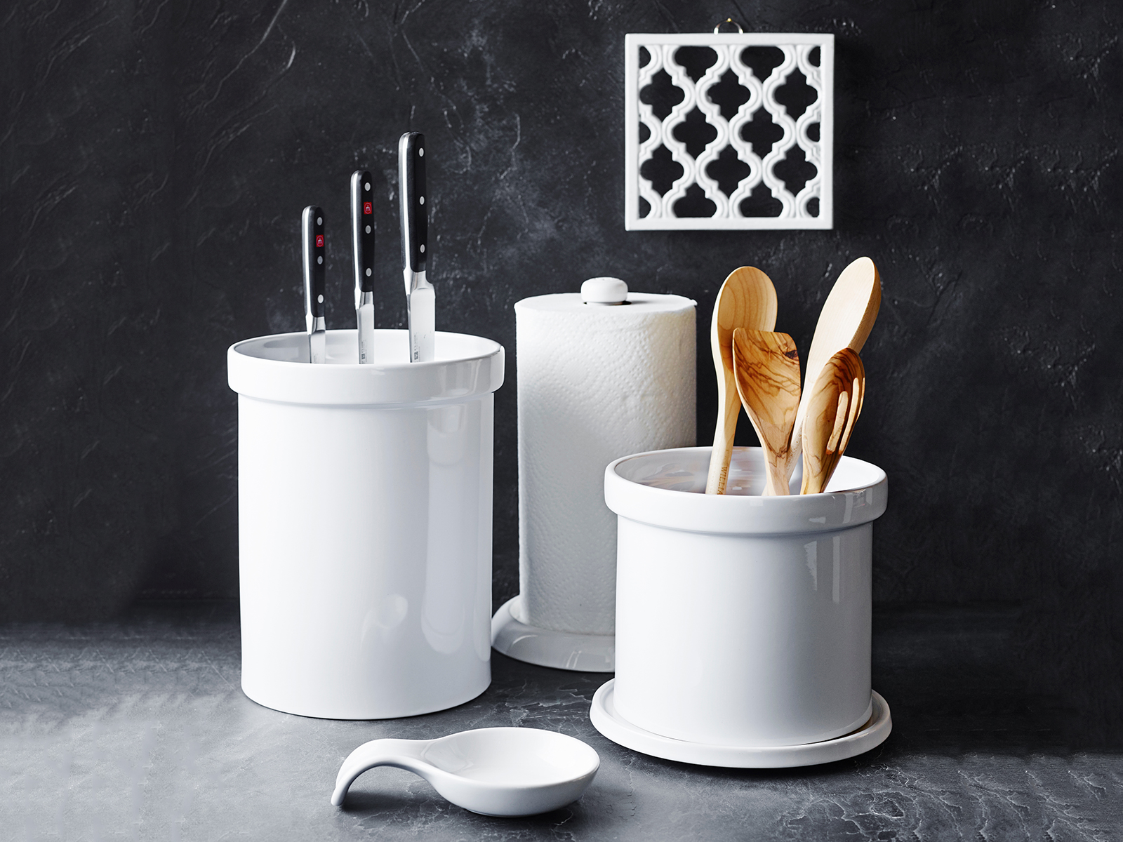 counter top organization white
