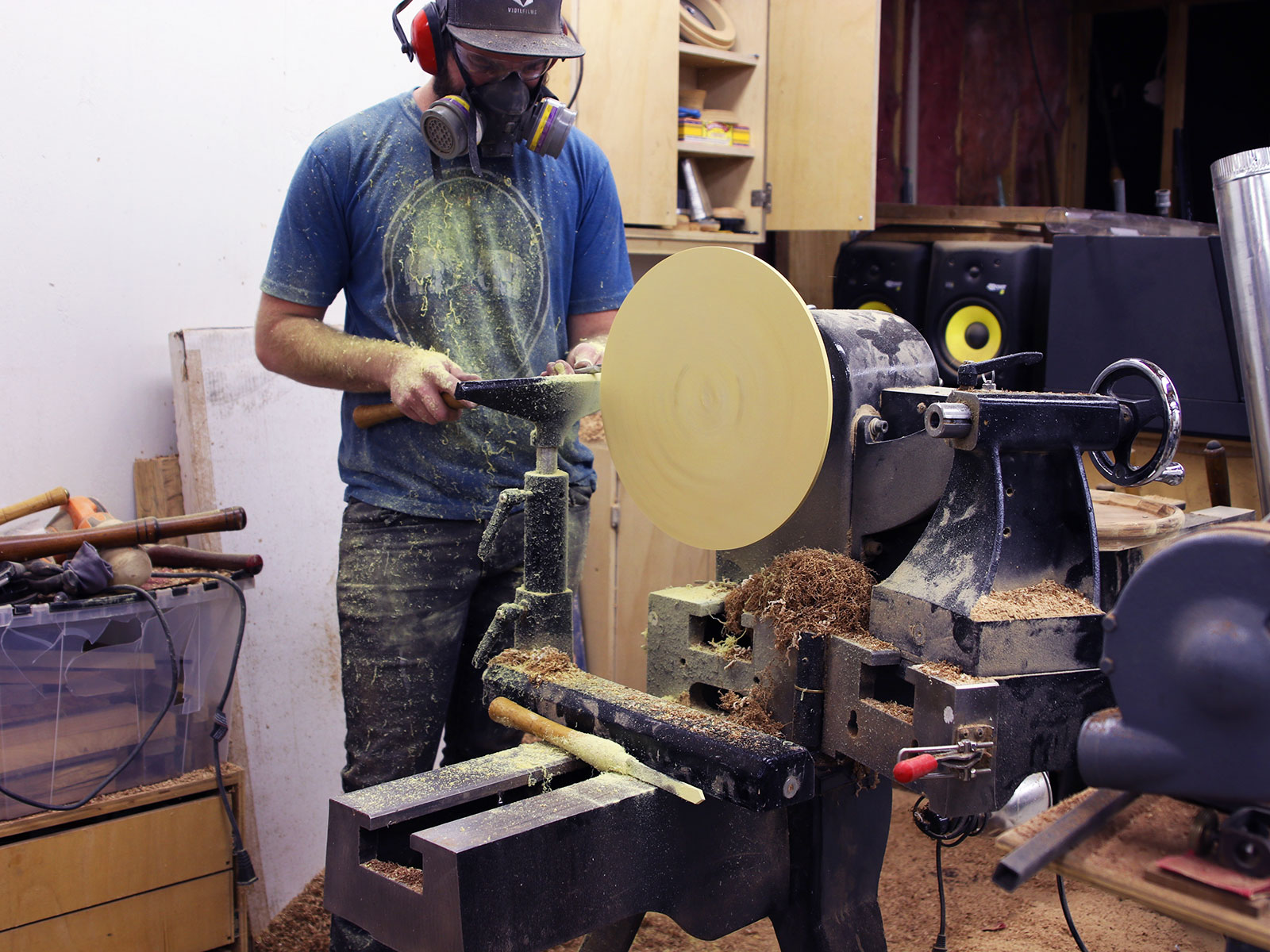 making wood pizza kyle toth