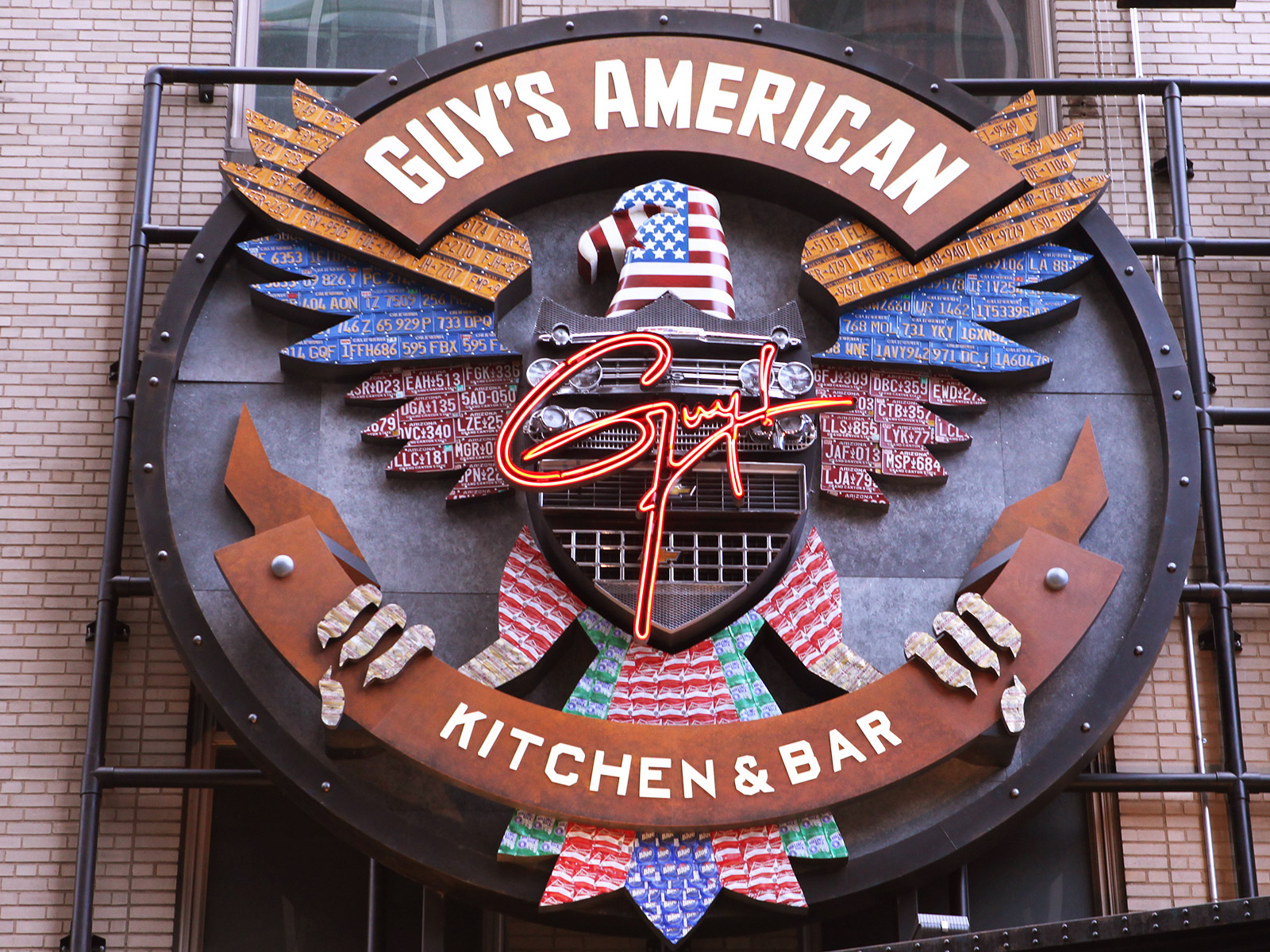 guy fieri restaurant in times square is closing