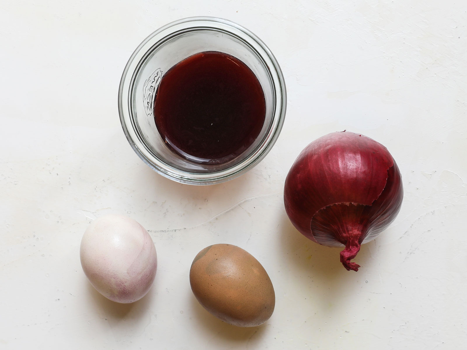 Red Onion Easter Egg Dye