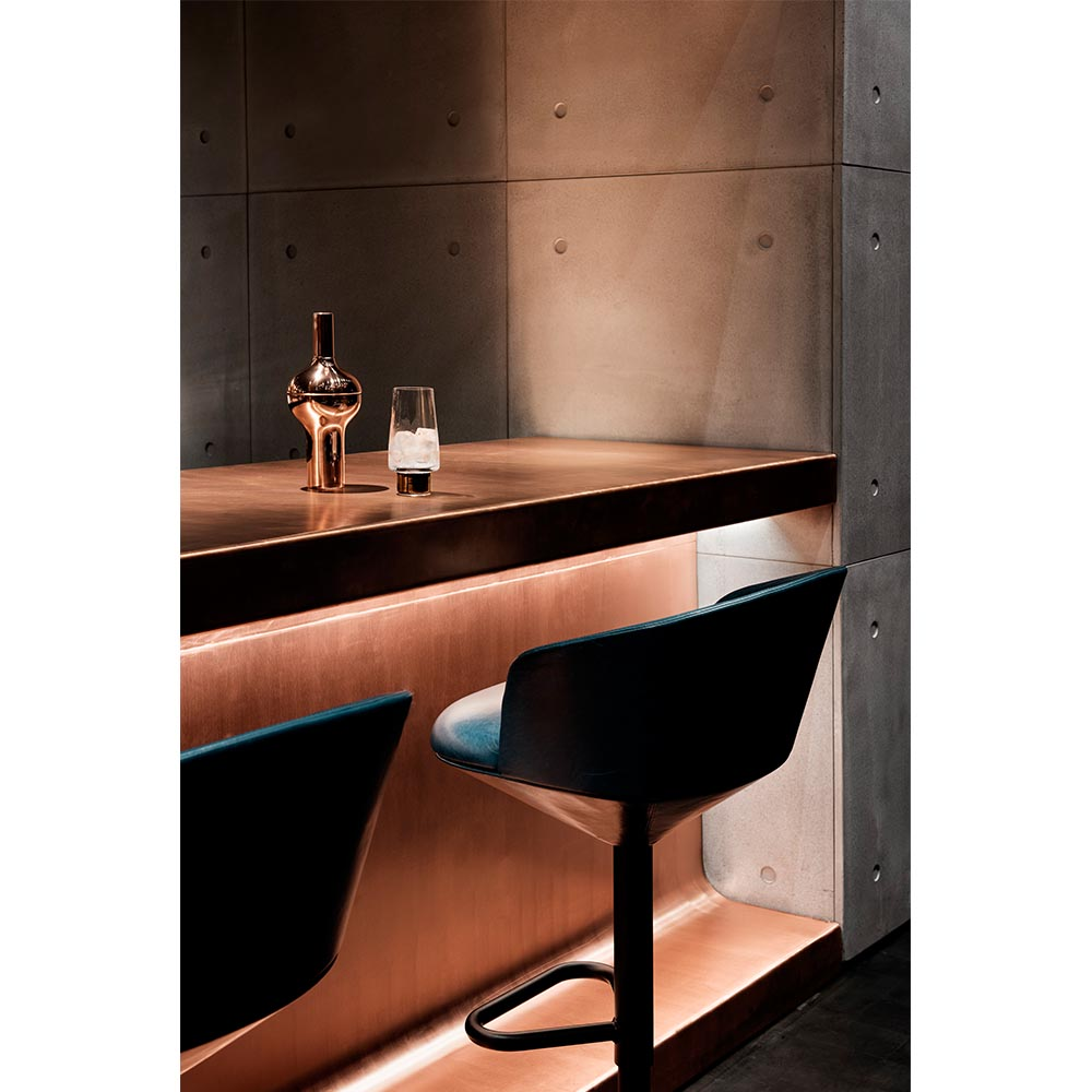 brass-restaurant-design-trend-tom-dixon-himitsu-atlanta-bar.jpg