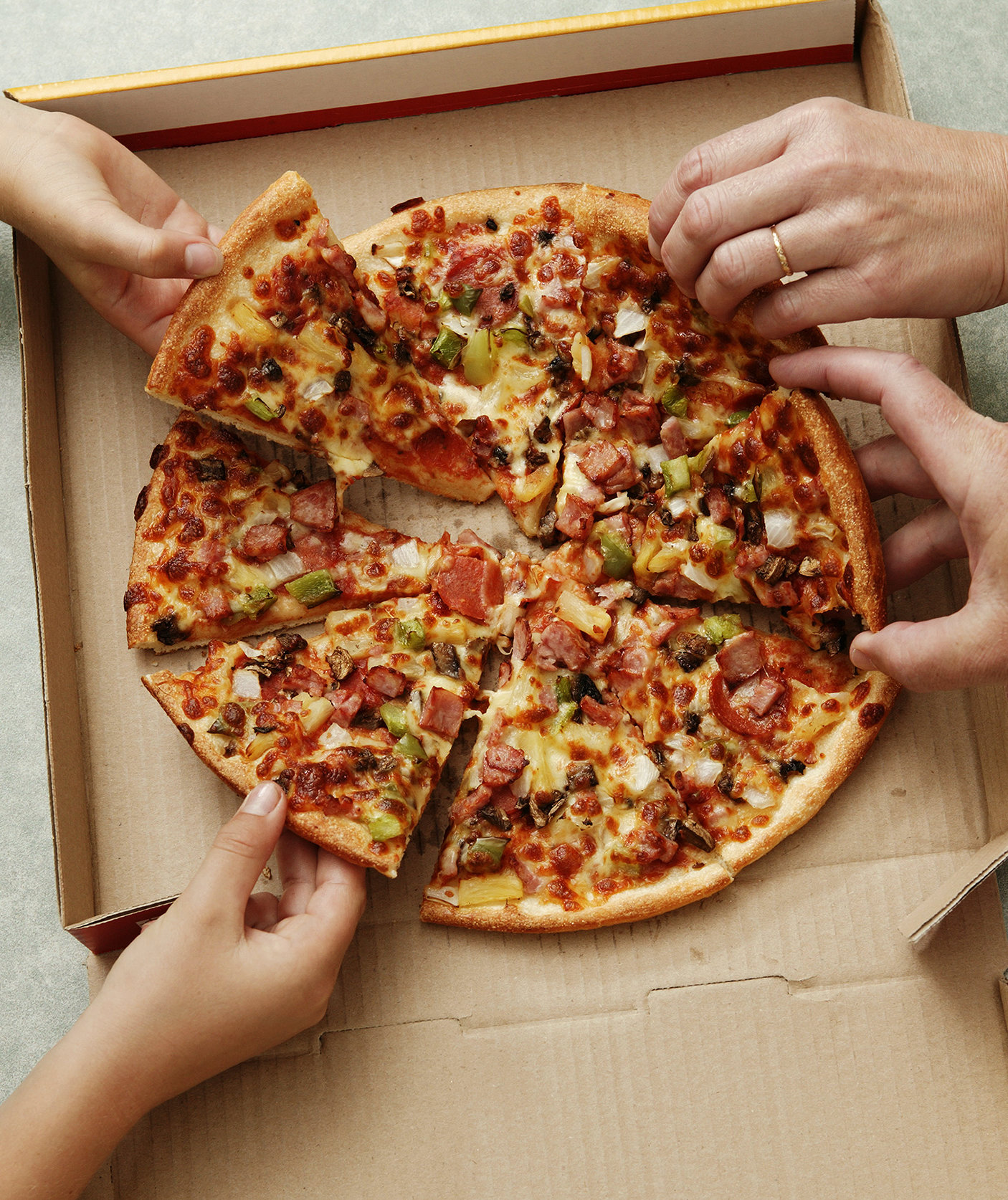 Most Pizzas Are Round. So Why Are Pizza Boxes Square?