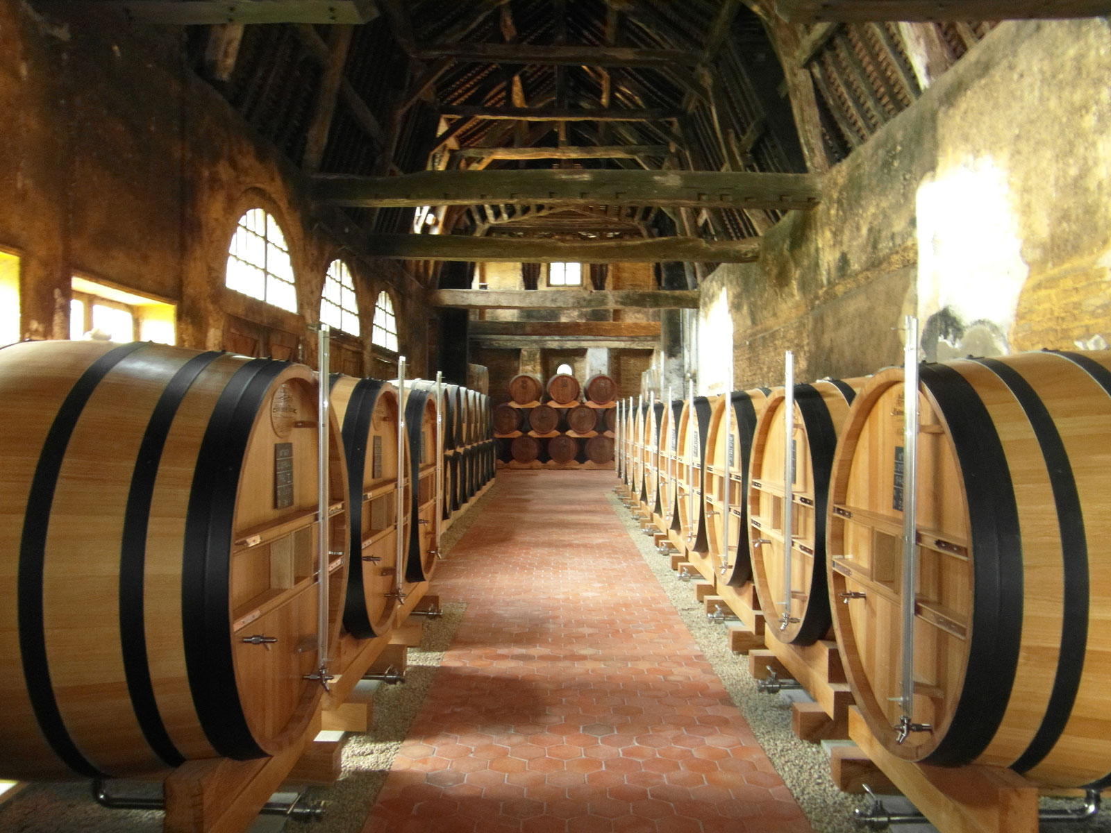 oak-wine-barrels-tonnellerie-allary-france-1-FT-BLOG0418.jpg