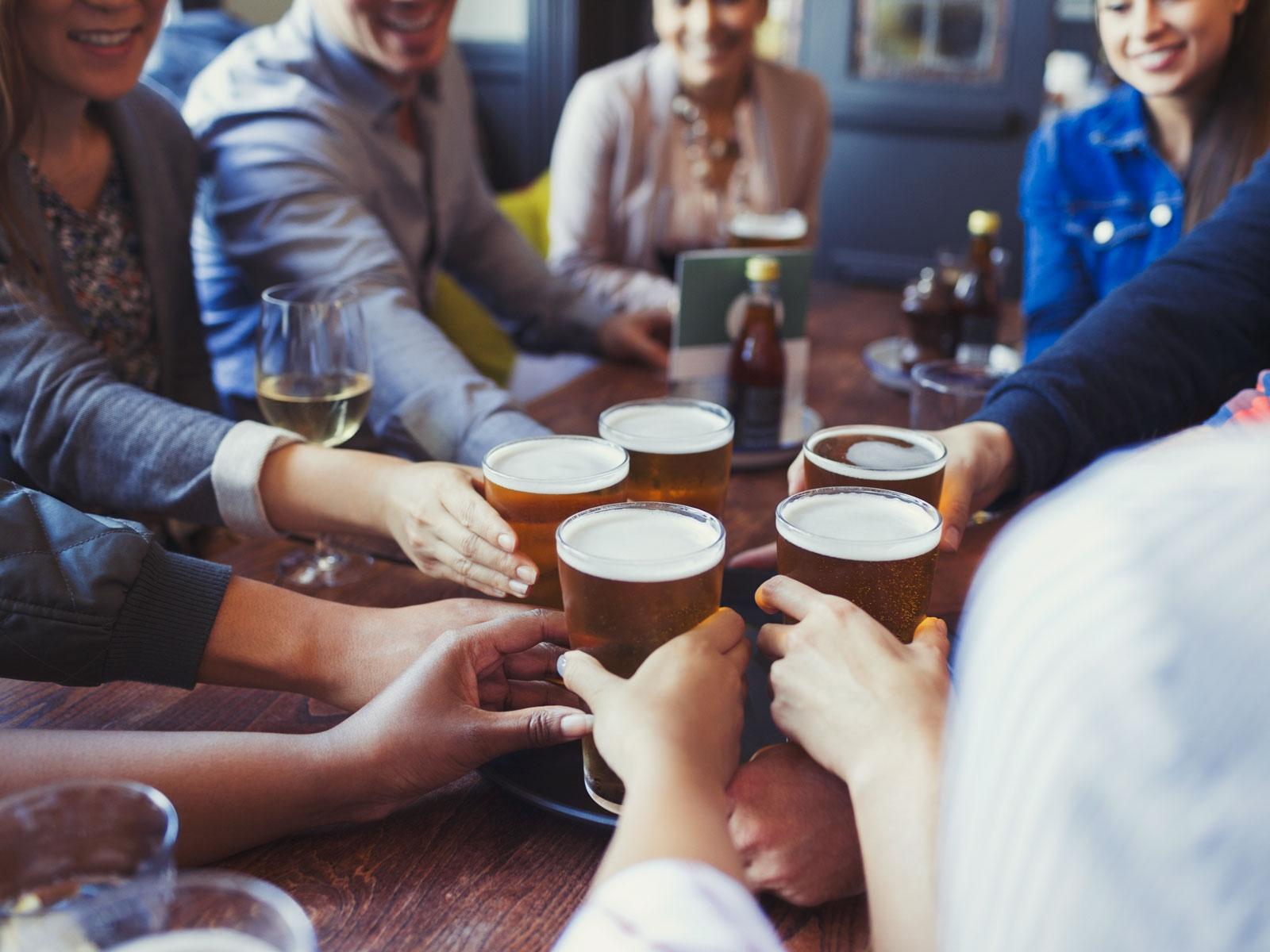 young-people-beer-stats-FT-BLOG0618.jpg