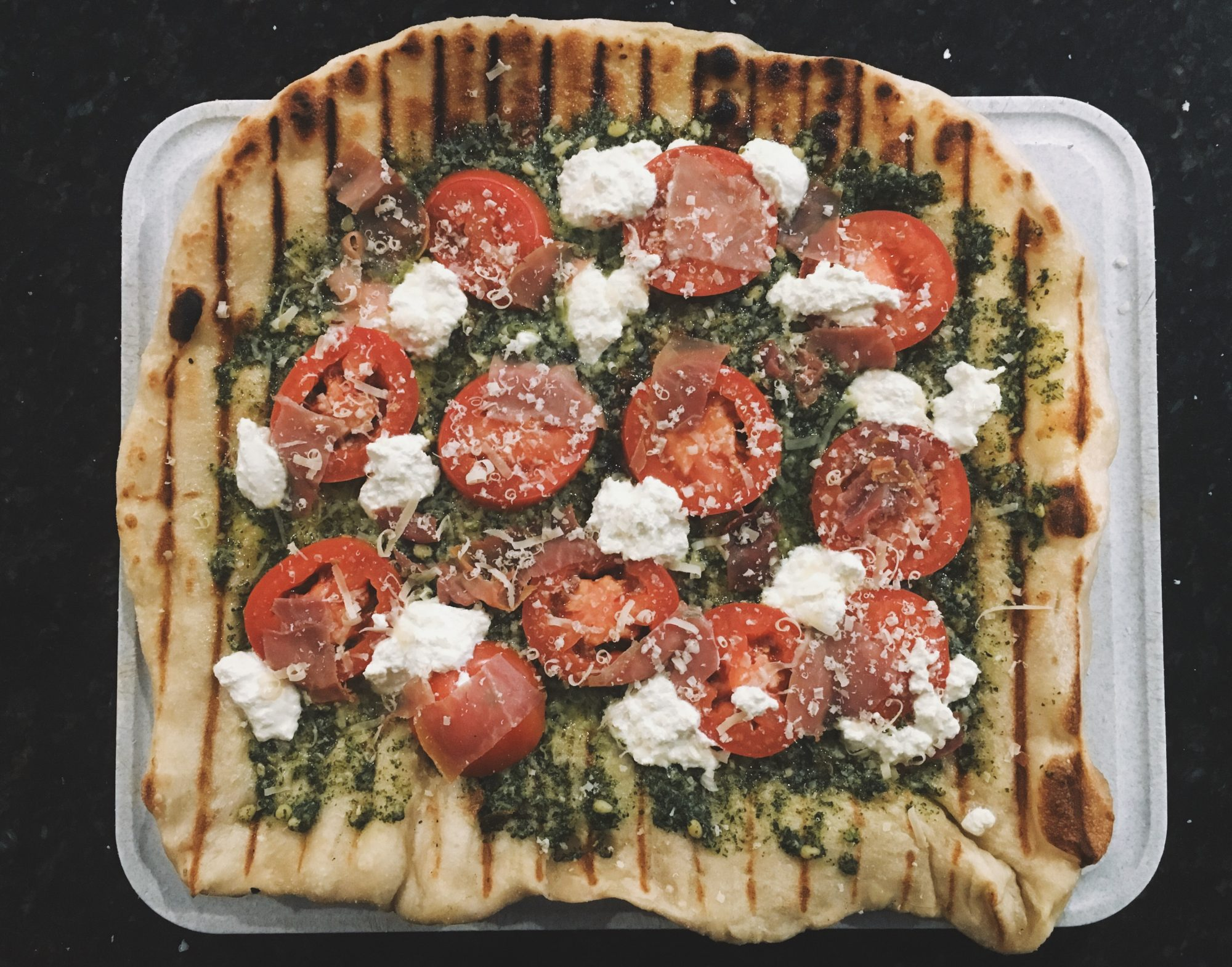 Grilled-Pizza-FT-3.jpg