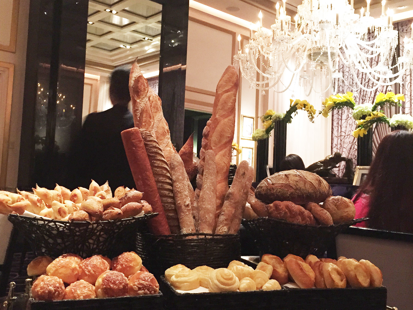In Praise of Joël Robuchon's Bread Cart