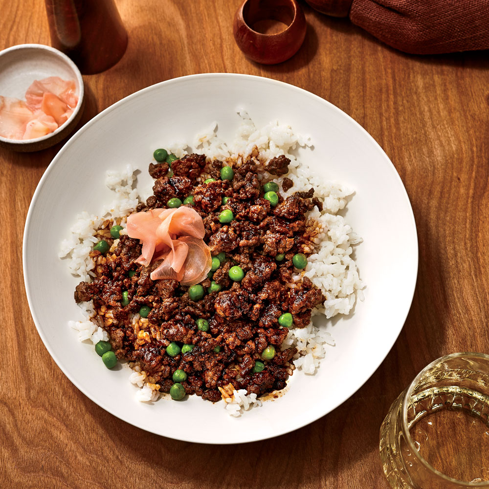 Soboro Donburi (Gingery Ground Beef with Peas over Rice)