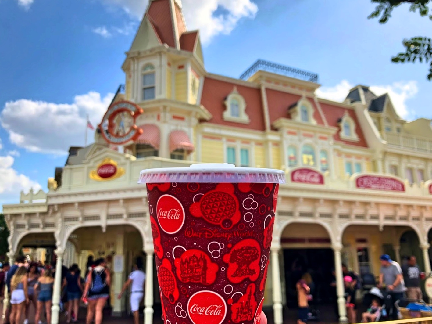All the Places Where You Can Get Free Food and Samples at Walt Disney World