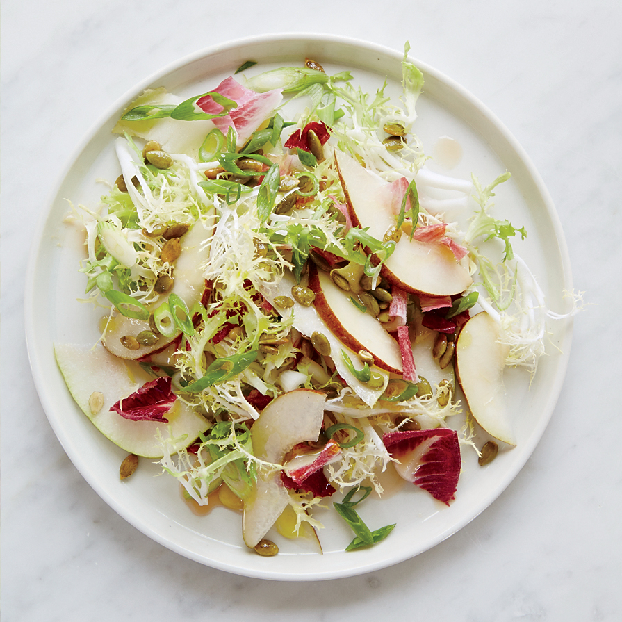Endive Salad with Pears and Pumpkin Seeds