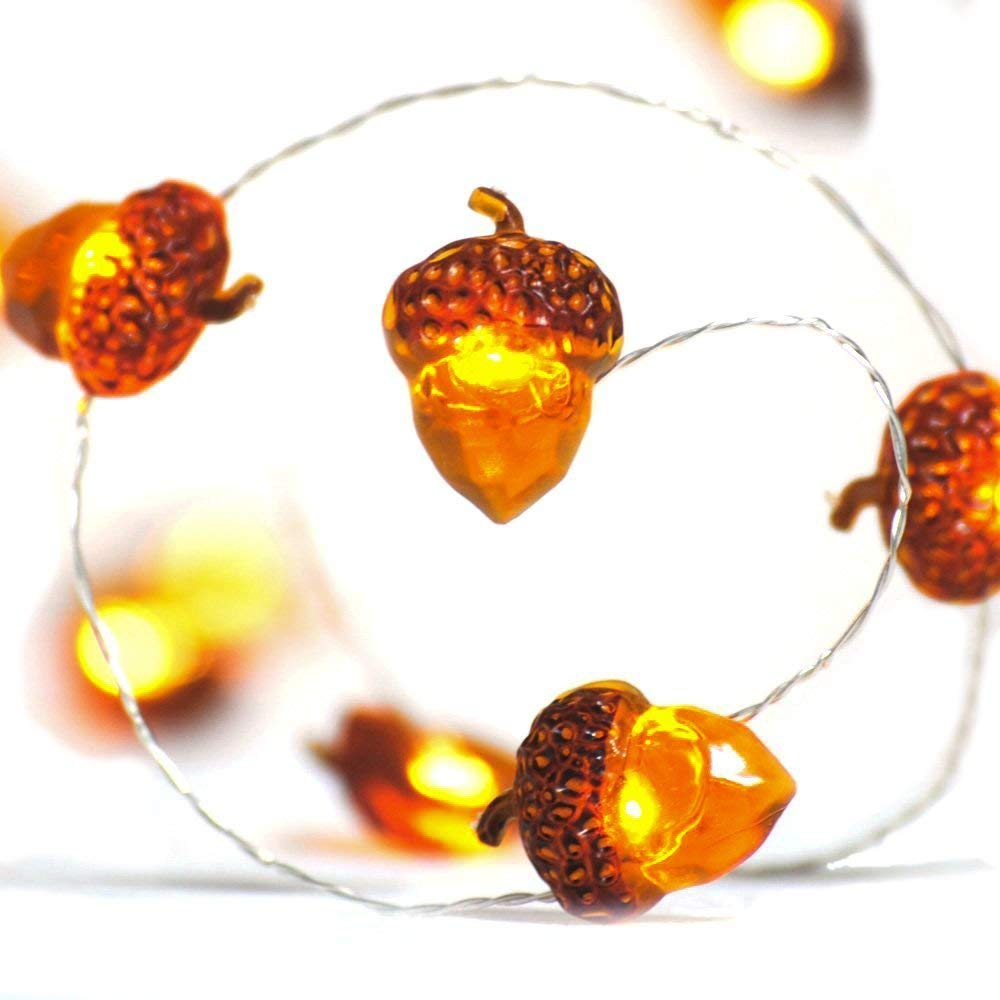 Glowing Acorn String Lights