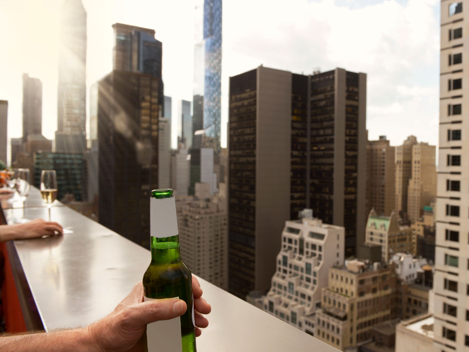 beer-price-expensive-cities-FT-BLOG0319.jpg